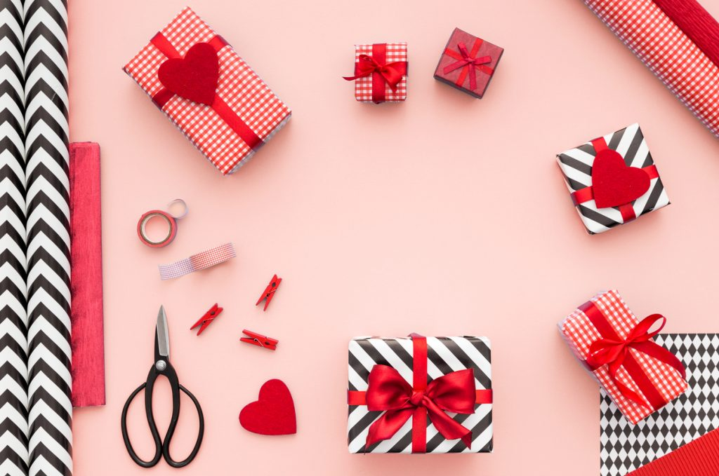 Gift boxes wrapped for DIY Valentine's Day gifts